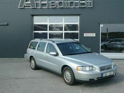 begagnad Volvo V70 2.4 140hk / Drag / V - Däck