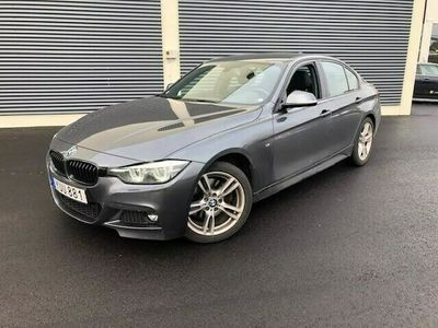 begagnad BMW 330 i M Sport Shadow Connected Automat