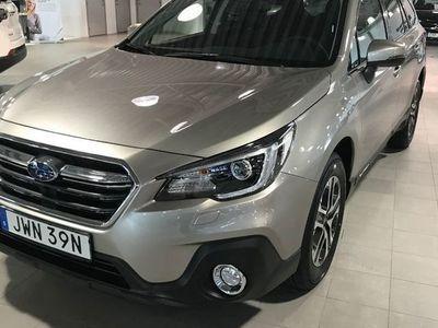 begagnad Subaru Outback 2.5i 175HK 4WD Automat Eye-sight