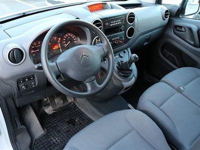 begagnad Citroën Berlingo HDi 90hk L2H1 Lång Dragkrok -15