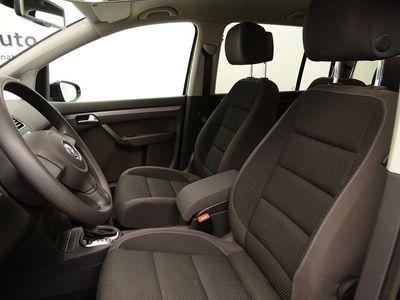 begagnad VW Touran TDI105 DSG/Dragpaket/Parkeringsvärmare/ 7Sits