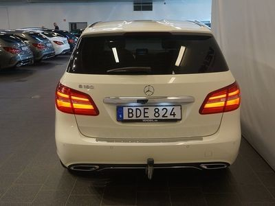 begagnad Mercedes B180 UrbanLine Backkamera Värmare Drag