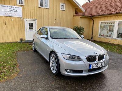 begagnad BMW 325 i Coupé 218hk, Skinn, Drag, Värmare, 853kr/mån