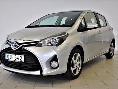 begagnad Toyota Yaris Hybrid 1.5 VVT-i CVT Euro 6 101hk
