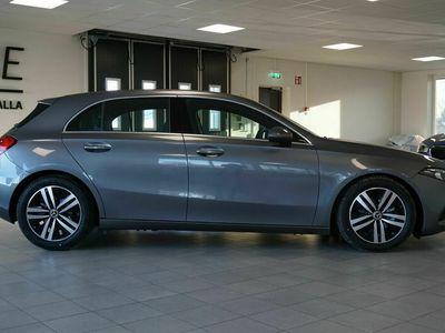 begagnad Mercedes 180 A-Klass136HK Läderklädsel Apple Carplay