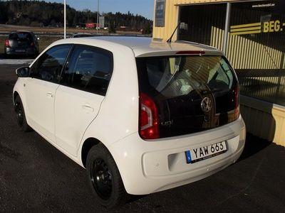begagnad VW up! 1.0 TFSI CROSS 75 HK