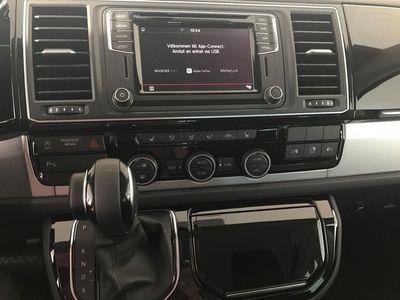 begagnad VW Multivan T6skåp -19