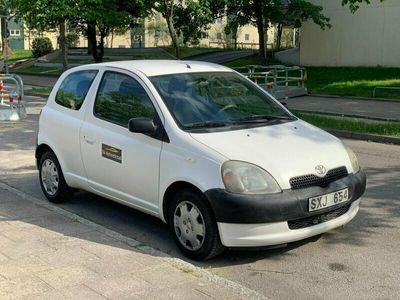 begagnad Toyota Yaris 1.0 ny besiktad