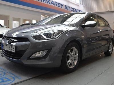 begagnad Hyundai i30 1.6 CRDi 110hk Kombi / Välservad / V-Hjul