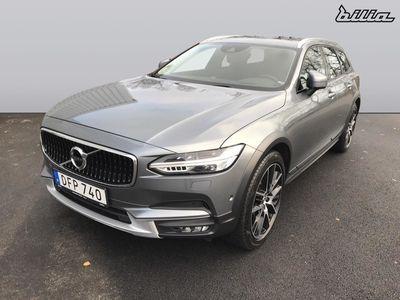 usado Volvo V90 CC D5 AWD Pro 2017, Kombi 445 000 kr