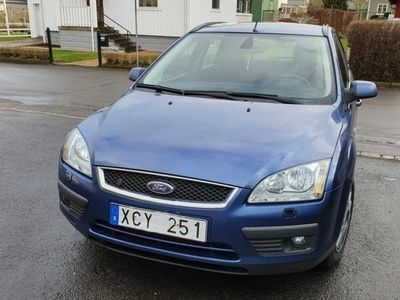 begagnad Ford Focus 16200mil 1.8 Flexifuel,Bes,Ghia 05