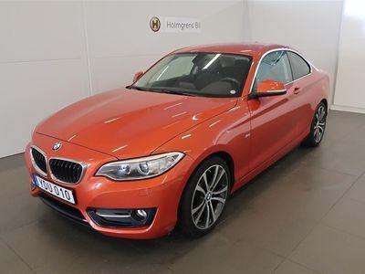 begagnad BMW 228 i Coupe Sport Line Aut