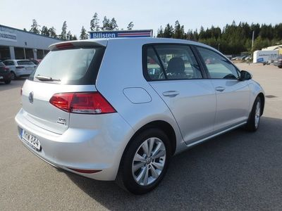 begagnad VW Golf TSI 110 (App Connect, Adaptiv -16