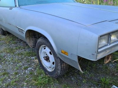 begagnad Oldsmobile Cutlass Coupe