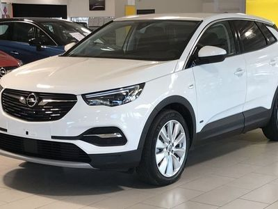 begagnad Opel Grandland X Innovation PHEV 300 AWD Aut