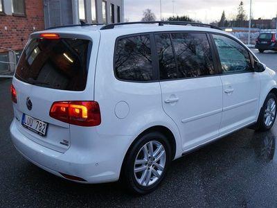 begagnad VW Touran 1,6 Bluemotion -12