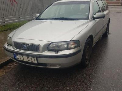 begagnad Volvo V70 säljes eller bytes