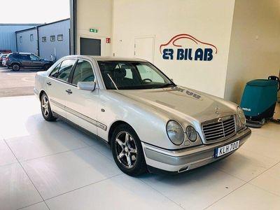 begagnad Mercedes E240 Automat 170hk NY BESIKTIG