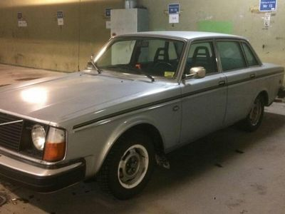 brugt Volvo 240 i bra skick - 1927-1977