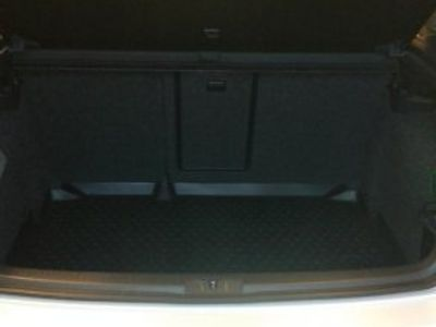 gebraucht VW Golf 1,6 TDI Dark label 5dr -13