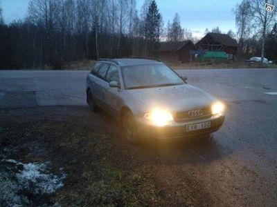 begagnad Audi A4 quattro -98
