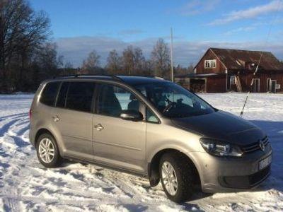 begagnad VW Touran TDI T1,6 Bluemotion 7-sitsig -11