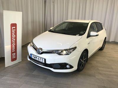 begagnad Toyota Auris Hybrid 1,8 5-D INTENSE EDT