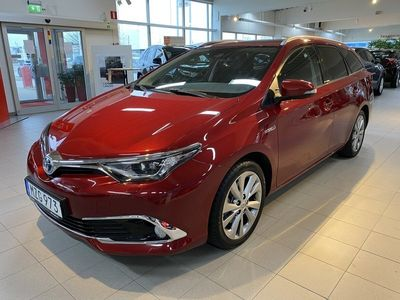 begagnad Toyota Auris Touring Sports Hybrid 1.8 Executive Kombi Automat