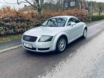 begagnad Audi TT COUPÔ