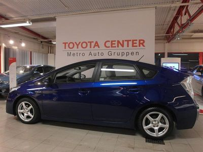 begagnad Toyota Prius 1,8 HSD EXECUTIVE SKINN TAKLUCKA