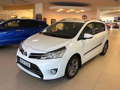 begagnad Toyota Verso 1,8 Edition 50 S+V-hjul 7400 mil