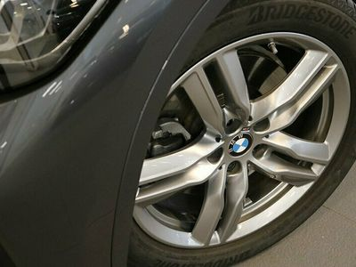 begagnad BMW X1 xDrive20d M sport Drag Panorama glastaklucka HiFi