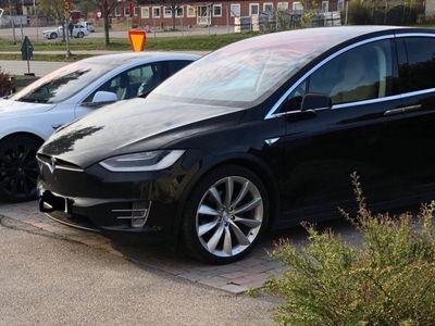 begagnad Tesla Model X 90D -17