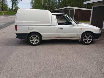 begagnad VW Caddy Pickup