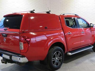 begagnad Nissan Navara 2.3 dCi 4WD Aut 190hk Tekna Kåpa Vhjul Pvärm