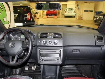 begagnad Skoda Fabia 86 HK TSI Monte Carlo / V-Hjul / Backsensor