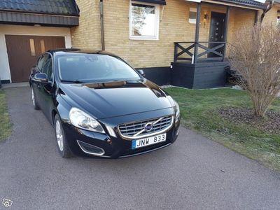 begagnad Volvo S60 D3 S/S Momentum -13