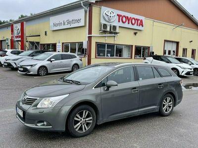 begagnad Toyota Avensis Kombi 2.0 Man /Drag