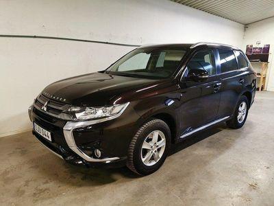 begagnad Mitsubishi Outlander P-HEV 2.0 Hybrid 4WD CVT