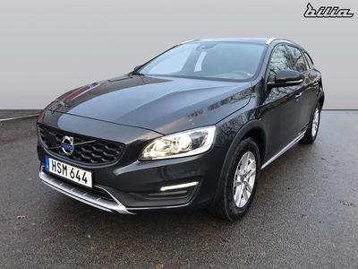 usado Volvo V60 CC D4 AWD Momentum BE 2016, Kombi 255 000 kr