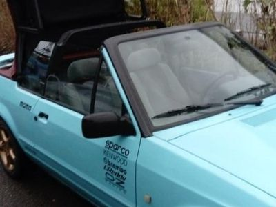 """begagnad Ford Escort Cabriolet Xr3 """"Julklapp"""""""