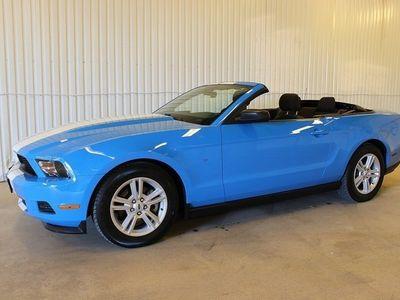 gebraucht Ford Mustang 3.7 V6 AUT CAB BABYBLUE 304HK
