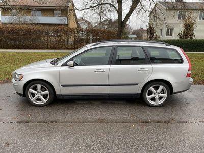 begagnad Volvo V50 2.4 140hk 15000mil 26900kr