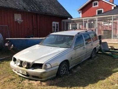 begagnad Volvo V70 2,5 tdi