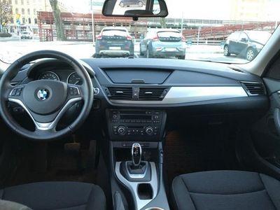 begagnad BMW X1 xDrive20d Automat 184hk -13