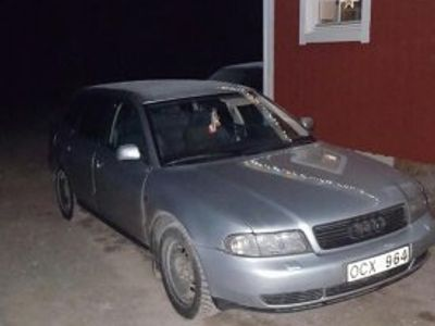begagnad Audi A4 avant 2.4 -98