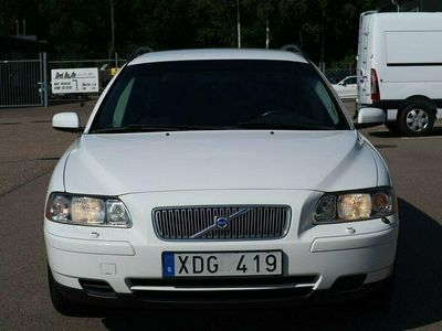 begagnad Volvo V70 2.4 140hk Business Välservad/Nybes