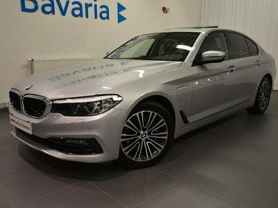 begagnad BMW 530 e iPerformance Sedan Sport line Connected Travel Comfort