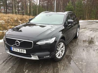 begagnad Volvo V90 CC D5 AWD (235hk)