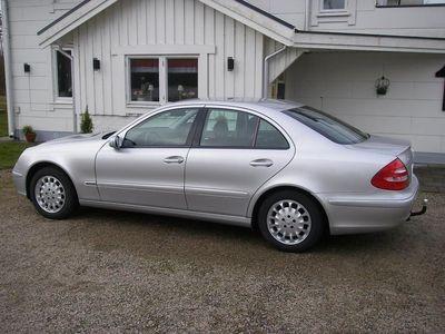 begagnad Mercedes E240 Elegance -02
